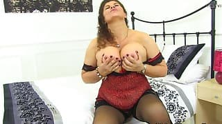 Excellent mom BBW shows her big boobs