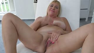 BBW mom porn with a nice blonde