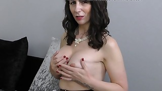 Lady is getting her cunt ready for your cock